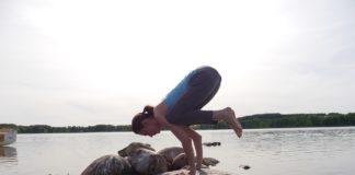 yoga-2427975_960_720